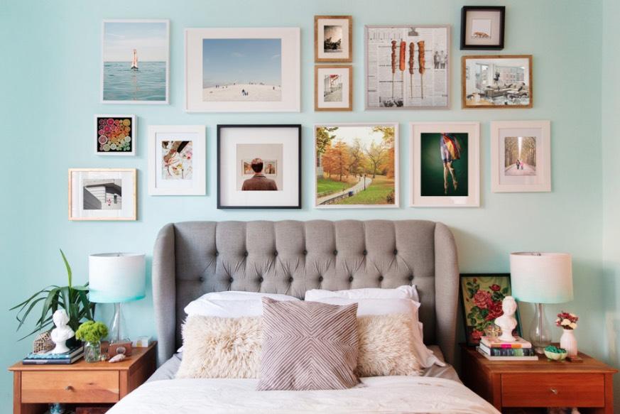 ایدههای جذاب برای دیزاین دیوار بالای تخت خواب