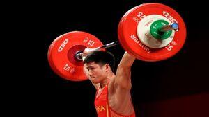 نماینده وزنه برداری چین با رکورد شکنی به مدال طلا رسید