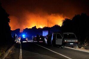 تخلیه بیش از ۴۰۰ سکنه جزیره «ساردینیا» ایتالیا
