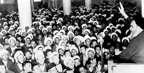 تصویب لایحه کاپیتولاسیون و غیرتی که «انقلاب» شد!