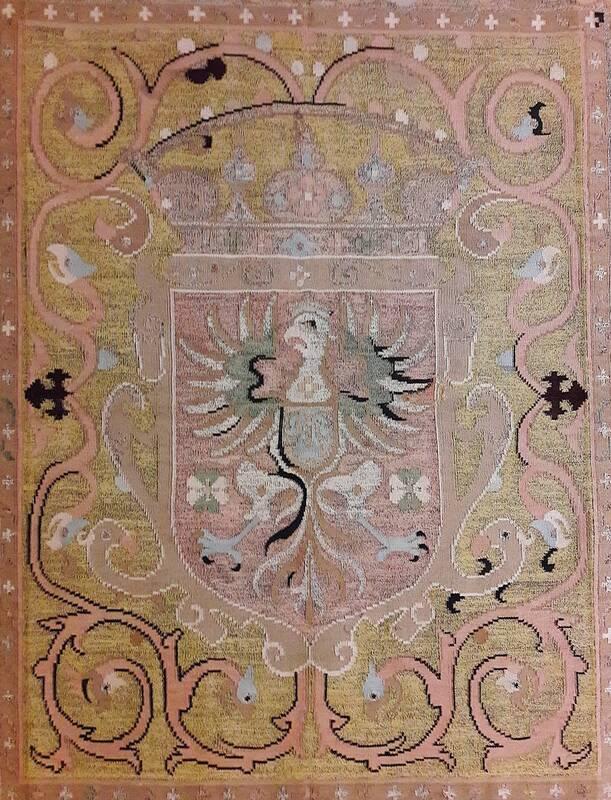 رسم آویزان کردن فرش از بالکنهای اروپا چه بود +عکس