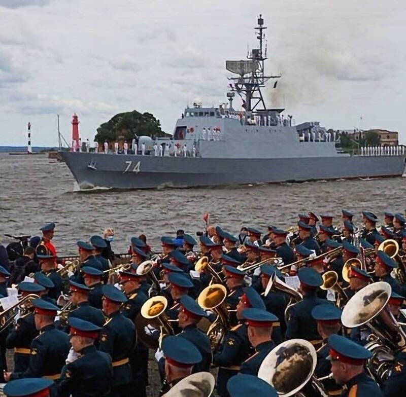 نیروی دریایی ایران در کلاس قدرتهای جهانی/ آبهای روسیه، ویترین نمایش گوشهای از قدرت دفاعی ایران