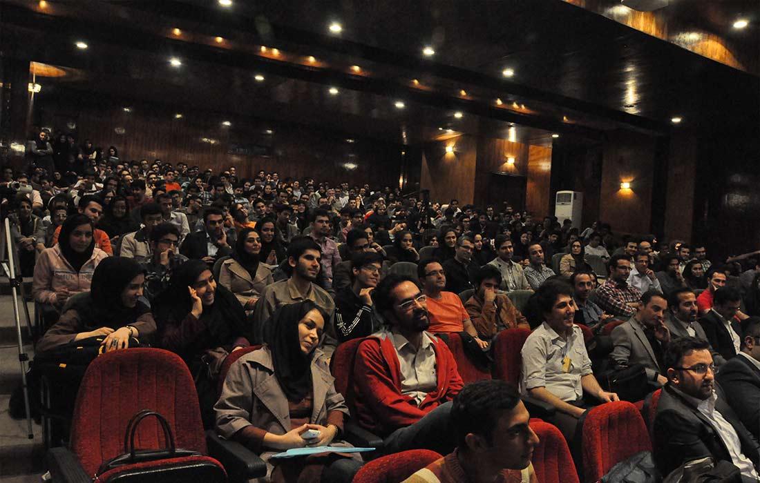 مسابقه سخنرانی تریبون، جایی برای آموختن، رقابت و شکوفایی استعدادها