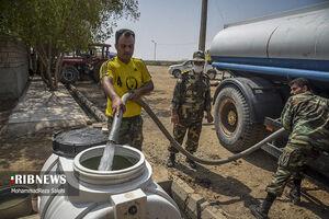 آبرسانی تانکرهای ارتش به روستاهای دشت آزادگان