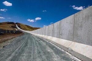 دیوار مرزی با ایران از ورود مهاجرین غیر قانونی جلوگیری خواهد کرد