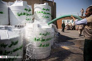 عکس/ اعزام ۲۰۰ مخزن آب به خوزستان