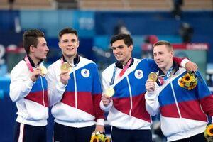 عکس| شاهکار ورزشکار روس پس از مصدومیت/ رسیدن به طلای المپیک سه ماه پس از پاره شدن آشیل!