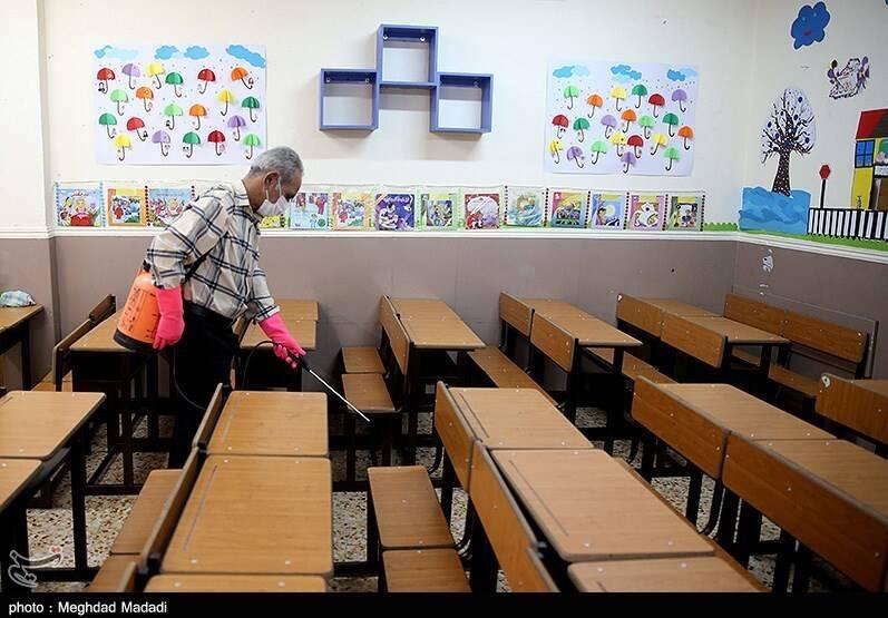 پادتن اجتماعی کرونا در مدارس