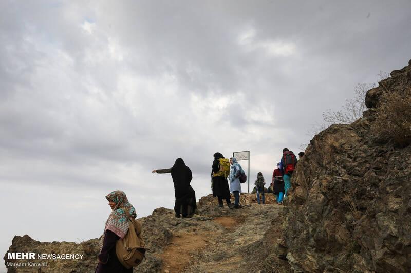 حال و هوای عید غدیر در تپه نورالشهدا