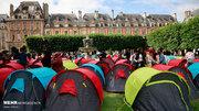 عکس/ ۴۰۰ بیخانمان در پاریس چادر زدند