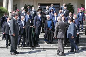 عکس/ حاشیههای آخرین جلسه هیات دولت