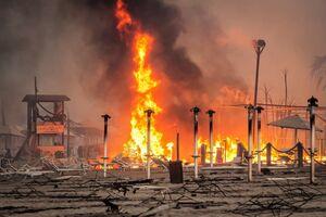 عکس/ گسترش آتش سوزی در سیسیل ایتالیا