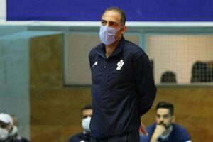 داورزنی شهامت استعفا داشته باشد/ والیبال ایران را نابود کردند