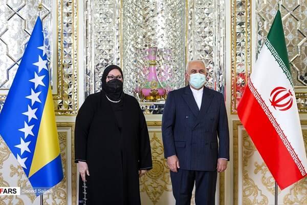 تأکید ظریف بر افزایش رایزنیهای سیاسی و تقویت مناسبات دوستانه با بوسنی
