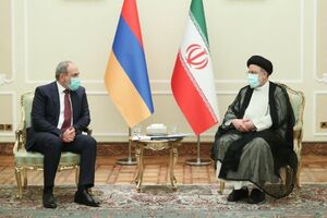 آیتالله رئیسی: ایران برای تعمیق صلح و ثبات در منطقه از هیچ تلاشی دریغ نمیکند