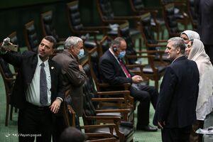 عکس/ سلفیها در مراسم تحلیف ریاست جمهوری