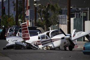 فیلم/ لحظه سقوط مرگبار هواپیمای شخصی