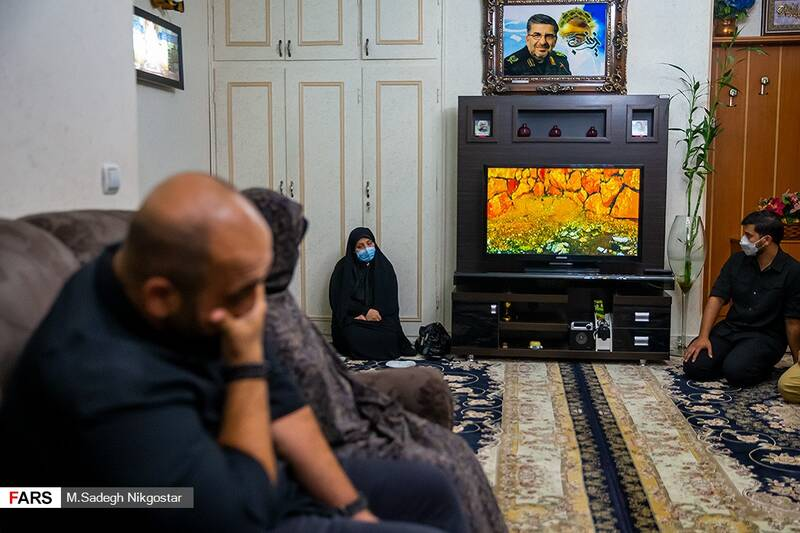 پخش مستندی از تفحص پیکر مطهر سردار شهید رضا فرزانه