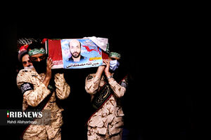 عکس/ وداع با پیکر مطهر شهید مدافع حرم «عین الله مصطفایی»