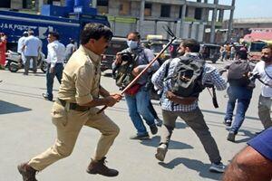 فیلمی دردناک از حمله پلیس هند به عزاداران حسینی