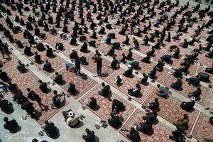 عکس/ نماز ظهر عاشورا در سراسر کشور