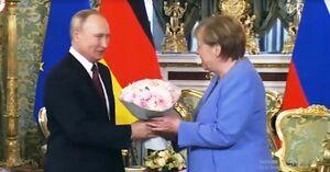 پوتین و مرکل بر حل اختلافات روسیه و آلمان تاکید کردند
