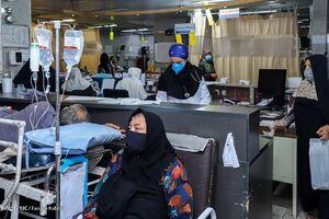 جشن تولد کرونایی پرستاران در بیمارستان +عکس