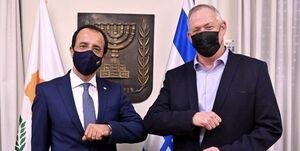 گزافهگوییهای تکرای گانتز علیه ایران در دیدار با وزیر خارجه قبرس