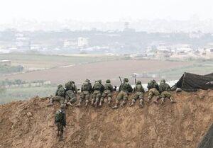 تک تیرانداز اسرائیلی، مقهور دستهای خالی فلسطینیان