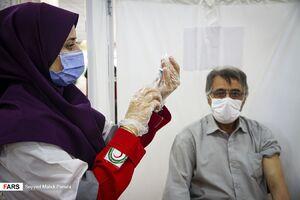 عکس/ مصلی اردبیل هم به مرکز واکسیناسیون تبدیل شد