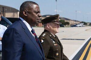 درخواست ژنرالهای آمریکایی برای استعفای وزیردفاع