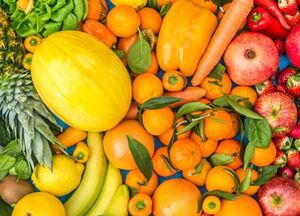 فواید سبزیجات و میوههای رنگی برای مقابله با کرونا