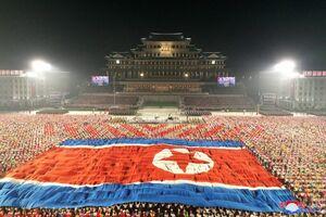 رژه نظامی به مناسبت سالگرد تأسیس کره شمالی