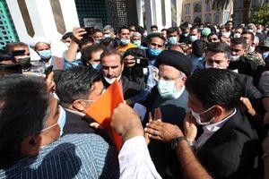 عکس/ حضور رئیس جمهور و وزرای دولت در جمع مردم طبس