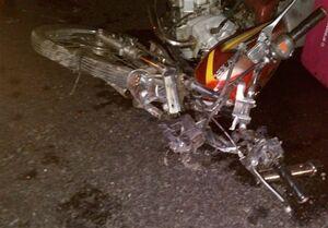 دنده عقب پراید منجر به فوت موتورسوار شد +تصاویر