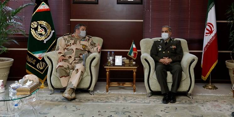 دیدار رئیس سازمان پدافند غیرعامل کشور با وزیر دفاع