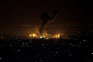 تکرار حملات شبانه صهیونیستها به غزه و پاسخ مقاومت