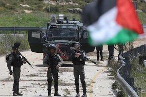 انتقال آزاده فلسطینی به بیمارستان