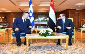 رئیس جمهوری مصر و نخست وزیر اسرائیل پس از ۱۰ سال دیدار کردند