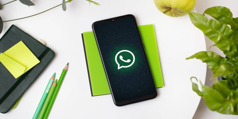سرک کشیدن واتساپ به حریم خصوصی کاربرانش