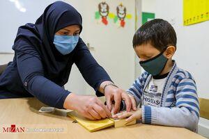 مدارس غیر انتفاعی مبالغ هنگفتی را از مردم اخذ میکنند
