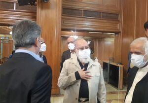 حضور مجدد مهدی چمران پس از درمان  در صحن شورای شهر
