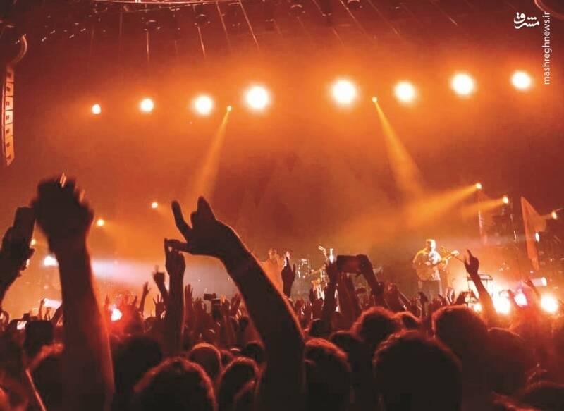 سود۴۰۰ میلیاردی استانبول از کنسرتایرانیها