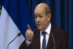 فرانسه: از پشت خنجر خوردیم