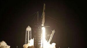 اسپیس ایکس ۴ شهروند را به مدار زمین برد