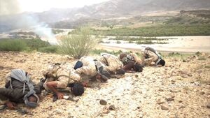 عکس/ سجده رزمندگان یمنی پس از پیروزی بزرگ