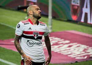 دنی آلوس از سائوپائولو جدا شد