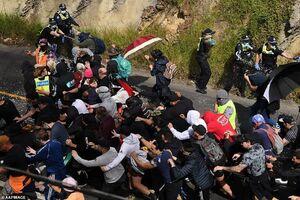 درگیری معترضان به محدودیتهای کرونایی در استرالیا