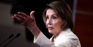 پلوسی: جمهوریخواهان آمریکا حزبشان را از افراطیها پس بگیرند