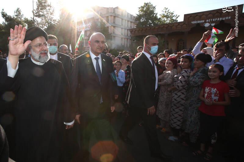 استقبال مردمی از رئیسی در شهر کولاب